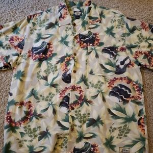tommy bahama an original Hawaiian floral Mens Med